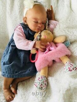 Bébé reborn fille