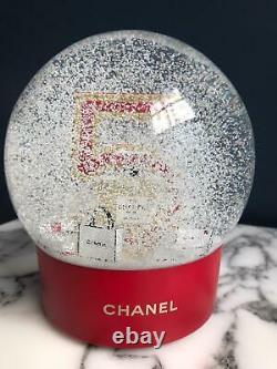Boule de Noël Chanel N° 5