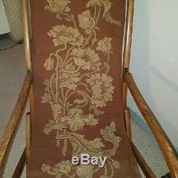 Chaise Longue 19 Eme Tissus D Origine Art Nouveau. Bois Et Ferrures D'origine
