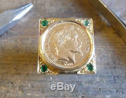 Chevalière or carré XXL avec douille, pièce 20 Francs Napoléon lauré, 4 émeraude
