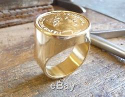 Chevalière or ronde massive avec 20 Francs Napoléon