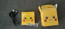 Console Nintendo Game Boy Advance SP Pikachu Edition
