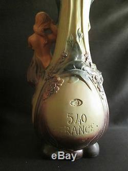 Deux ancien grand vase Art Nouveau plâtre peint baigneuse fontaine fin XIX ème