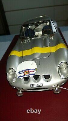 Ferrari 250 GTO cmc 1 /18. M 157. Tour de France édition limitée
