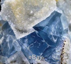 Fluorite & quartz 320 grammes Mont-Roc Mine, Tarn, France
