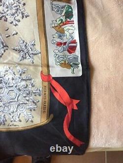 Foulard Hermès intitulé NEIGE D ANTAN neuf dans sa boîte