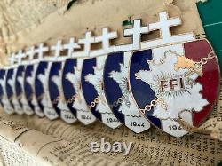 Important lot d'insignes FFI Forces Françaises de lIntérieur C matriculé