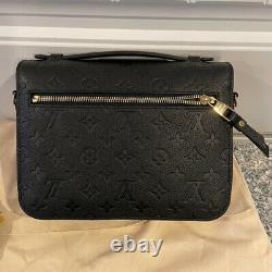 Louis Vuitton Pochette Métis Black Monogram Empreinte Leather