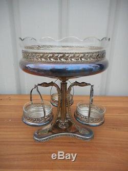 Milieu De Table Epoque Art Nouveau En Metal Argente