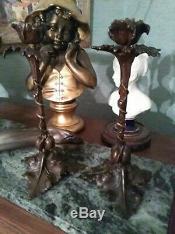 Paire de Bougeoirs en Bronze Art Nouveau