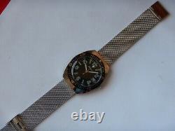 Plongeuse Skin Diver Tonneau Automatique Fe 5611 N. O. S. 70 Bracelet Milanais