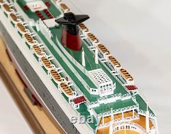 Splendide maquette du paquebot FRANCE