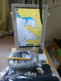 Tablette Traceur GPS 10 pouces couleurs Cartographie Navionics HD incluse