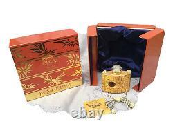Yves Saint Laurent parfum opium. Flacon de grand luxe. Neuf